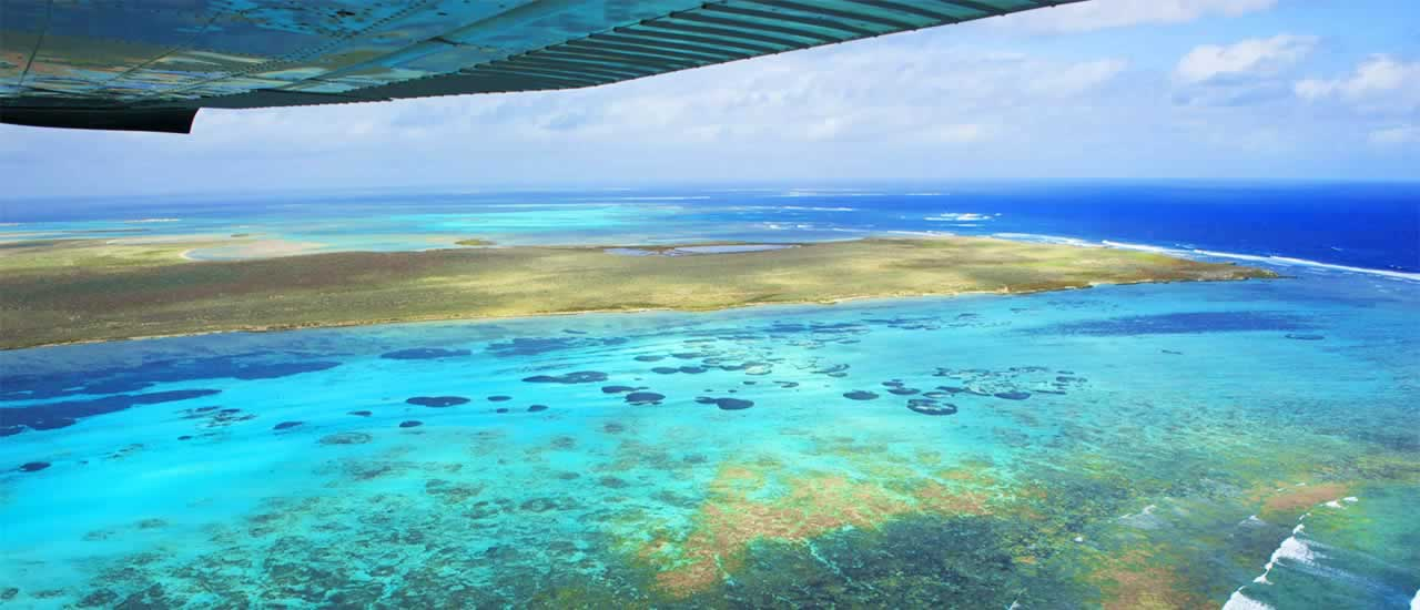 scenic flights to abrolhos islands